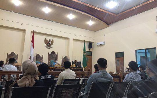 Suasana persidangan saat pemeriksaan saksi di PTUN Bandar Lampung, (26/8/2021)